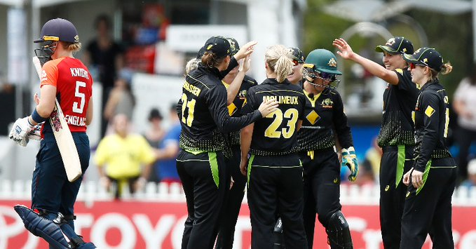 Australia womens Tri-series England lose its hope after Knight's wicket