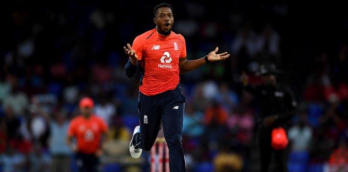 Jardon took 3 wickets in last over