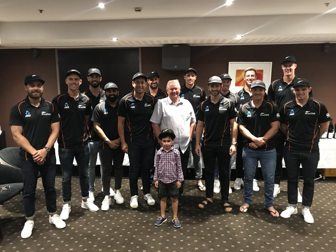 Ross Taylor along with his team