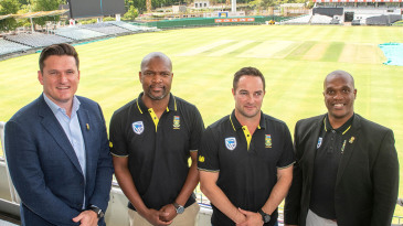 Graeme Smith(C), Mark Boucher(R), the South African Cricket coach, and Linda Zondi,