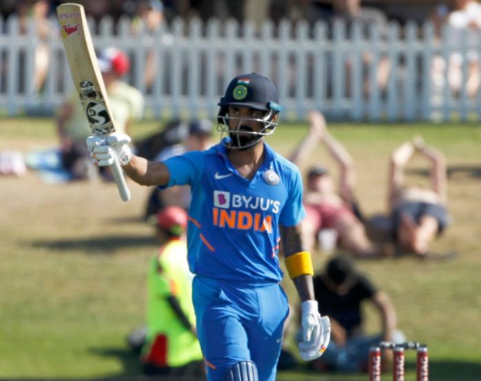 KL Rahul slammed 112 off 113 balls in 3th ODI against New Zealand