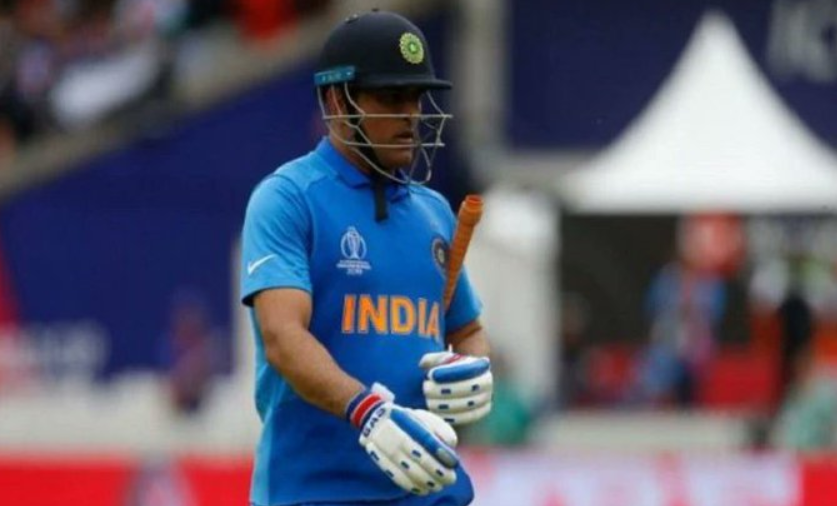 MS Dhoni in world cup 2019 semi final