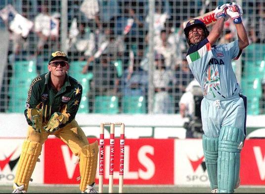 Sachin Tendulkar scored 143 v Australia in Sharjah,1998